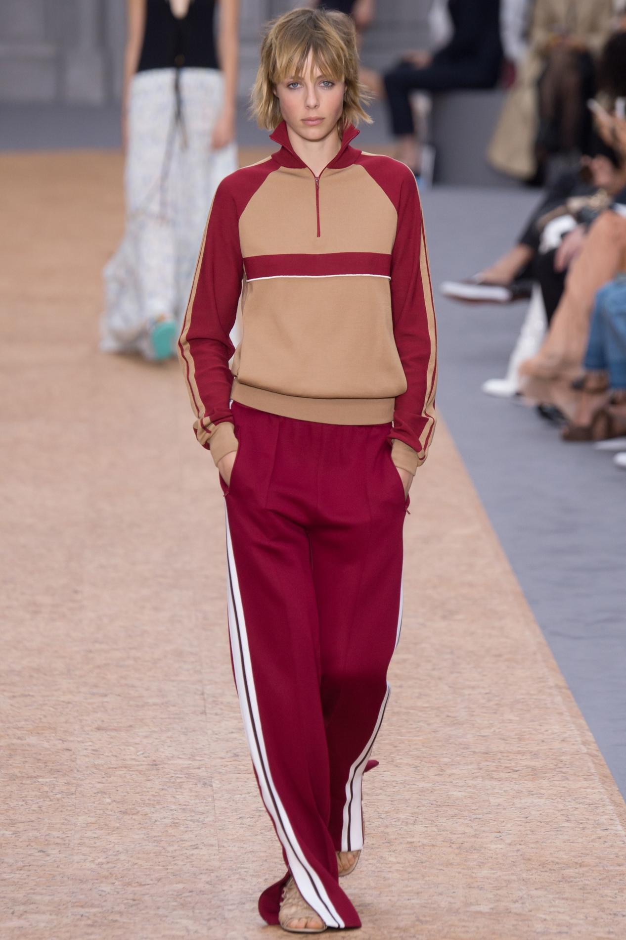 a56031a2967 L obsession mode de la semaine   la veste de jogging Chloé - Madame ...
