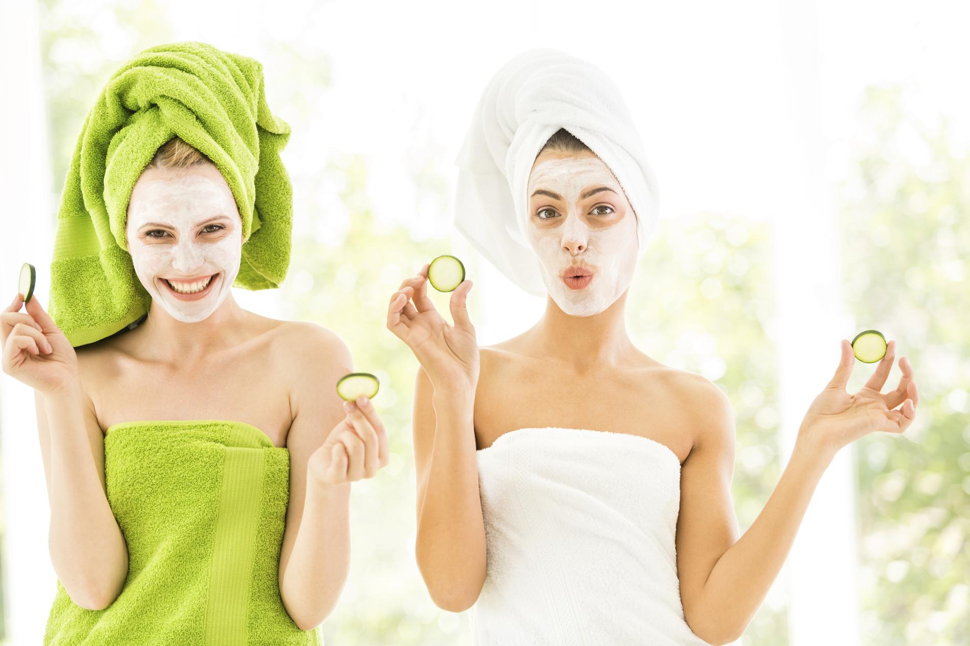 Masque maison on hydrate sa peau au retour des vacances madame figaro - Masque pour visage maison ...