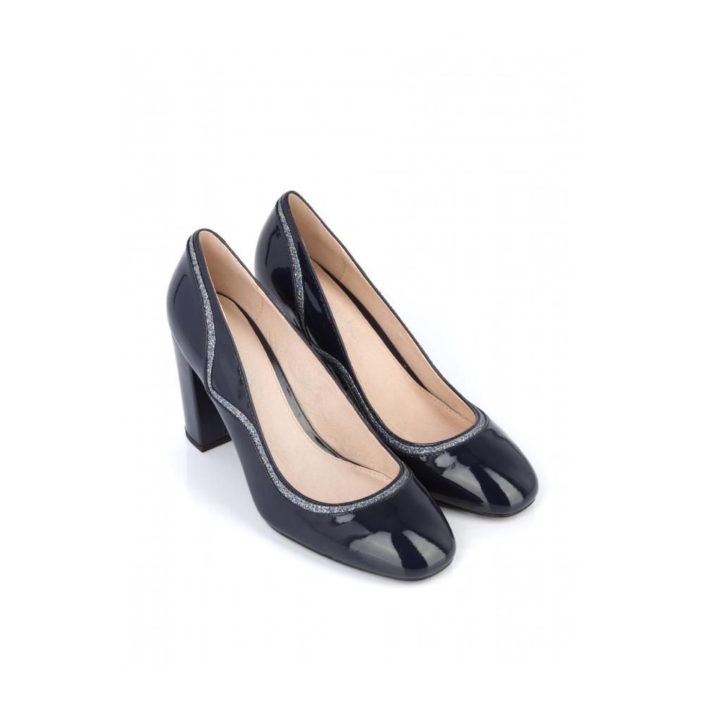 f0fd3d3bd55629 ... Des chaussures à talons confortables pour le bureau - Mellow Yellow ...
