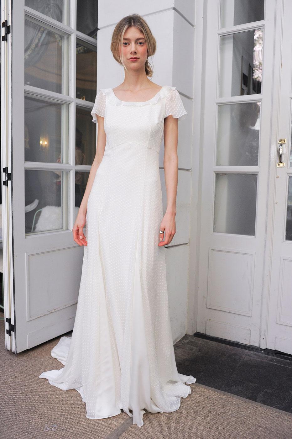 8e858e6b6b6 ... Les collections de robes de mariée 2017 - Delphine Manivet ...