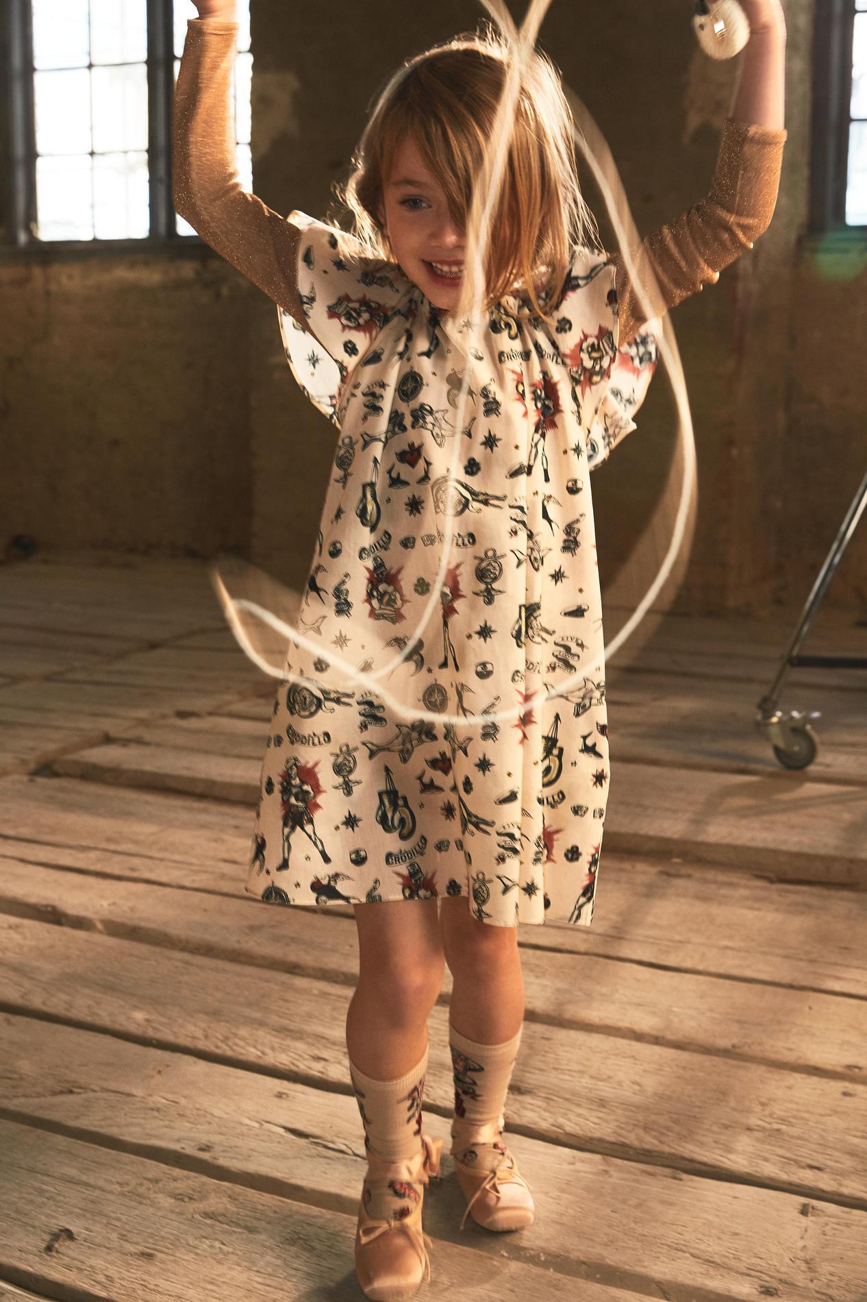 9d0da1d206300 ... H M Studio dévoile sa nouvelle collection enfant printemps-été 2017 -  Petite robe de boxeuse ...