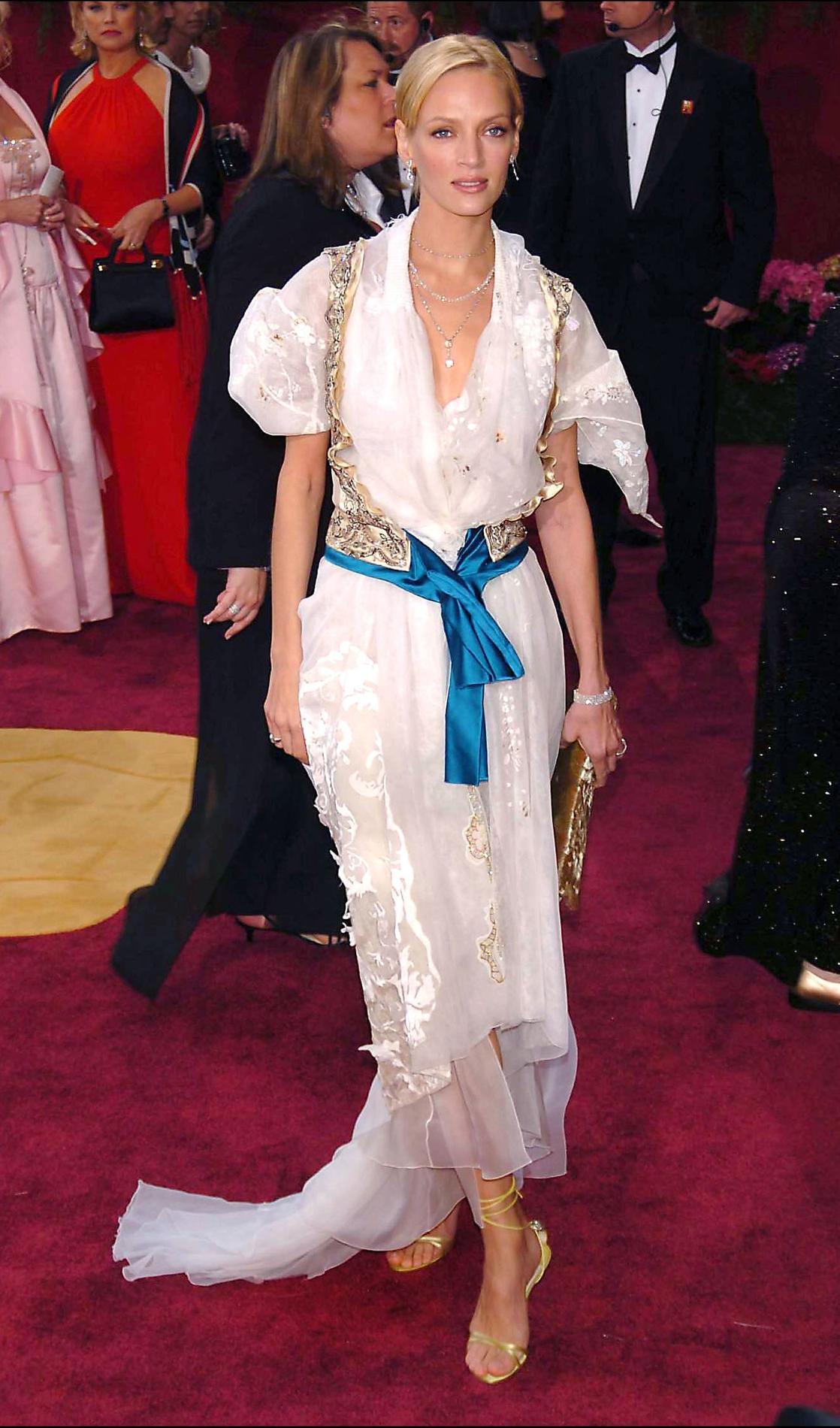 b05dd4809c2 ... Les pires robes des Oscars à travers l histoire - Uma Thurman