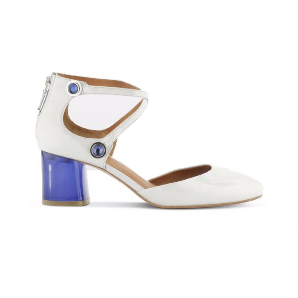 7c78679b3f1728 ... Des chaussures colorées pour égayer la tenue de la mariée - Mango Des  chaussures colorées pour égayer la tenue de la mariée - Cosmoparis Des  chaussures ...