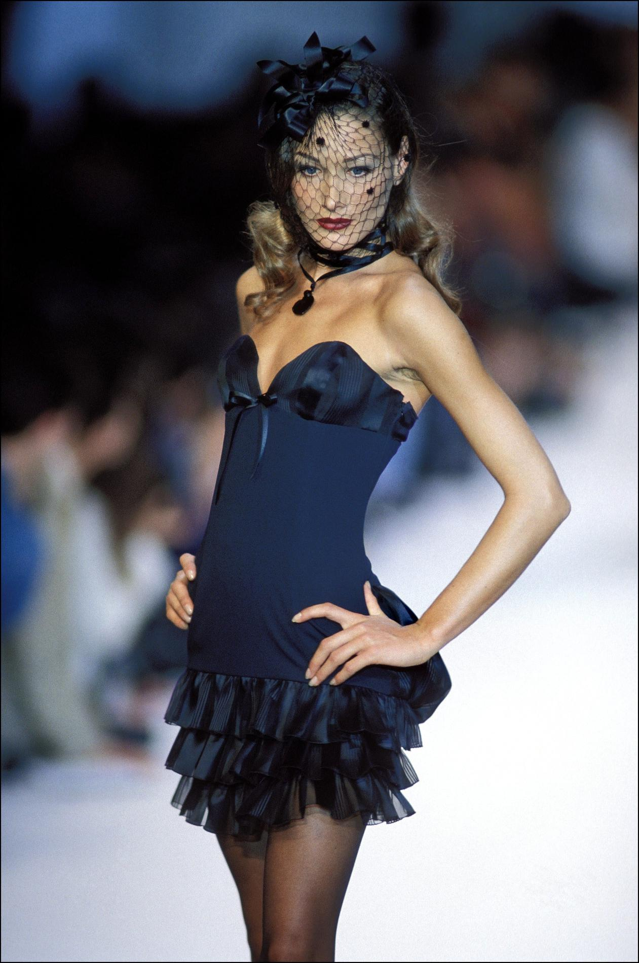 Carla Bruni Un Top A Part Madame Figaro
