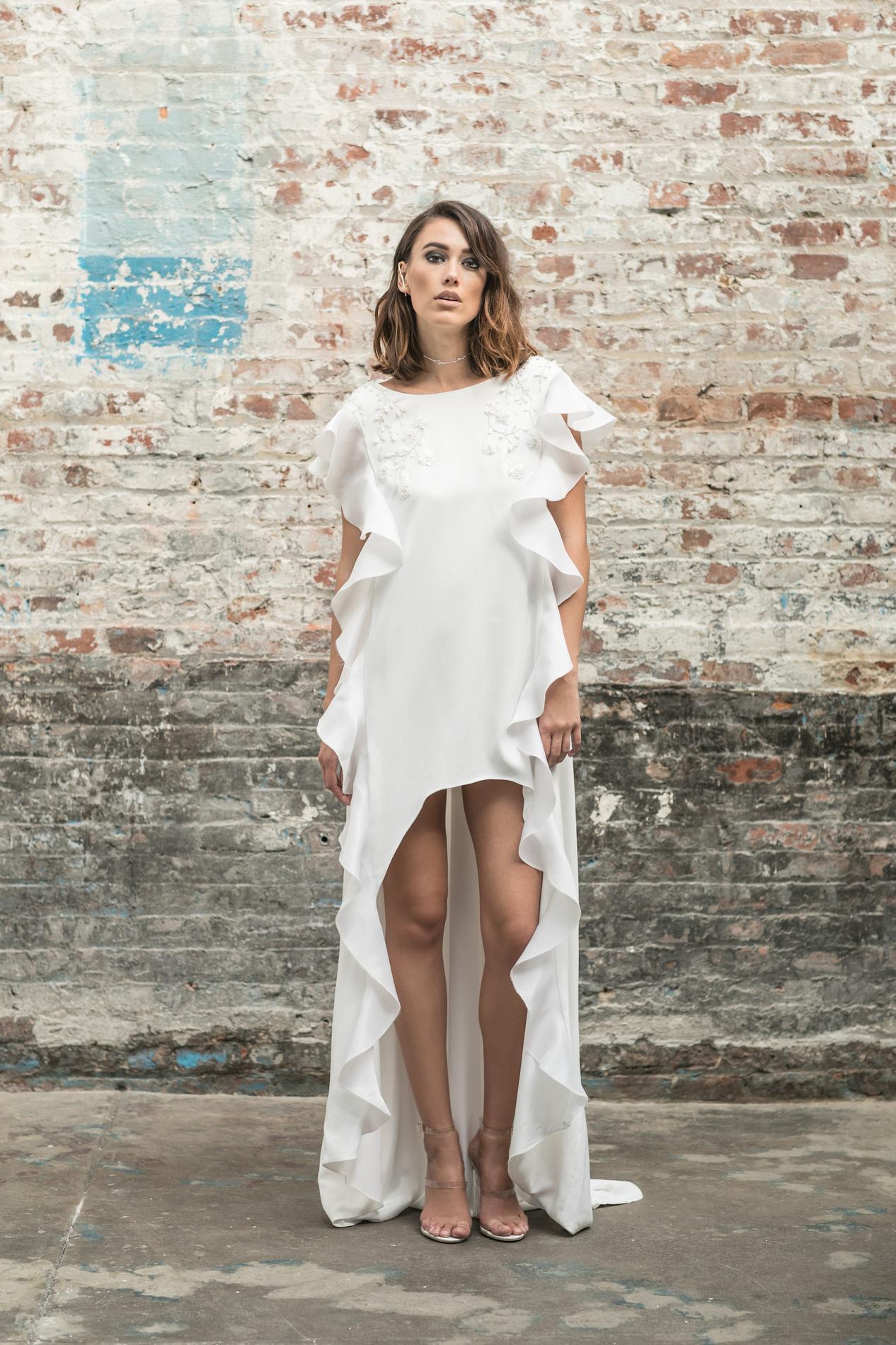 remise pour vente différents types de livraison gratuite Elise Hameau, Lorafolk, Maison Floret… Quelle robe de mariée ...