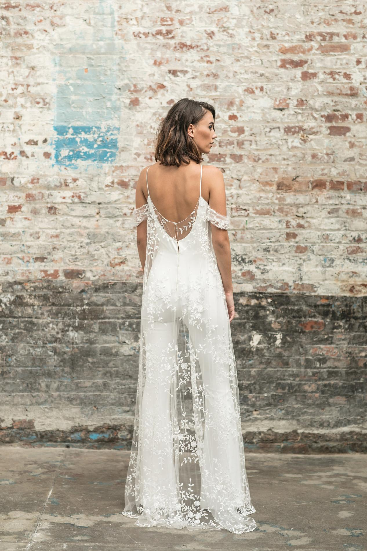 81854bdd558 ... Les robes de mariée civiles 2018 - Rime Arodaky ...