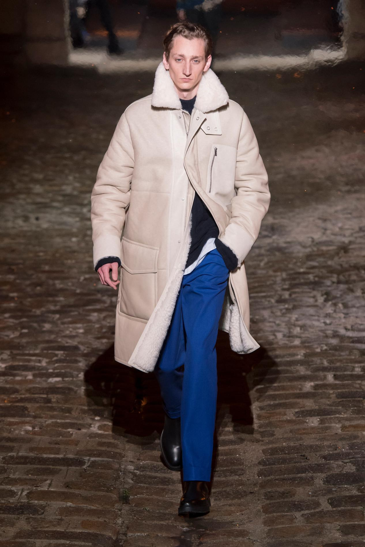 1e3279a502a Défilé Hermès Homme Automne-hiver 2018-2019 Paris - photo 4 Imaxtree Défilé  Hermès automne-hiver 2018-2019