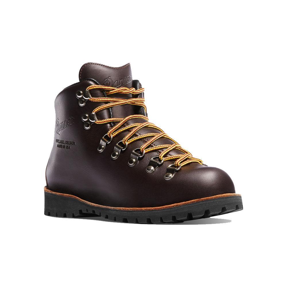 Onze paires de chaussures pour affronter la neige sans