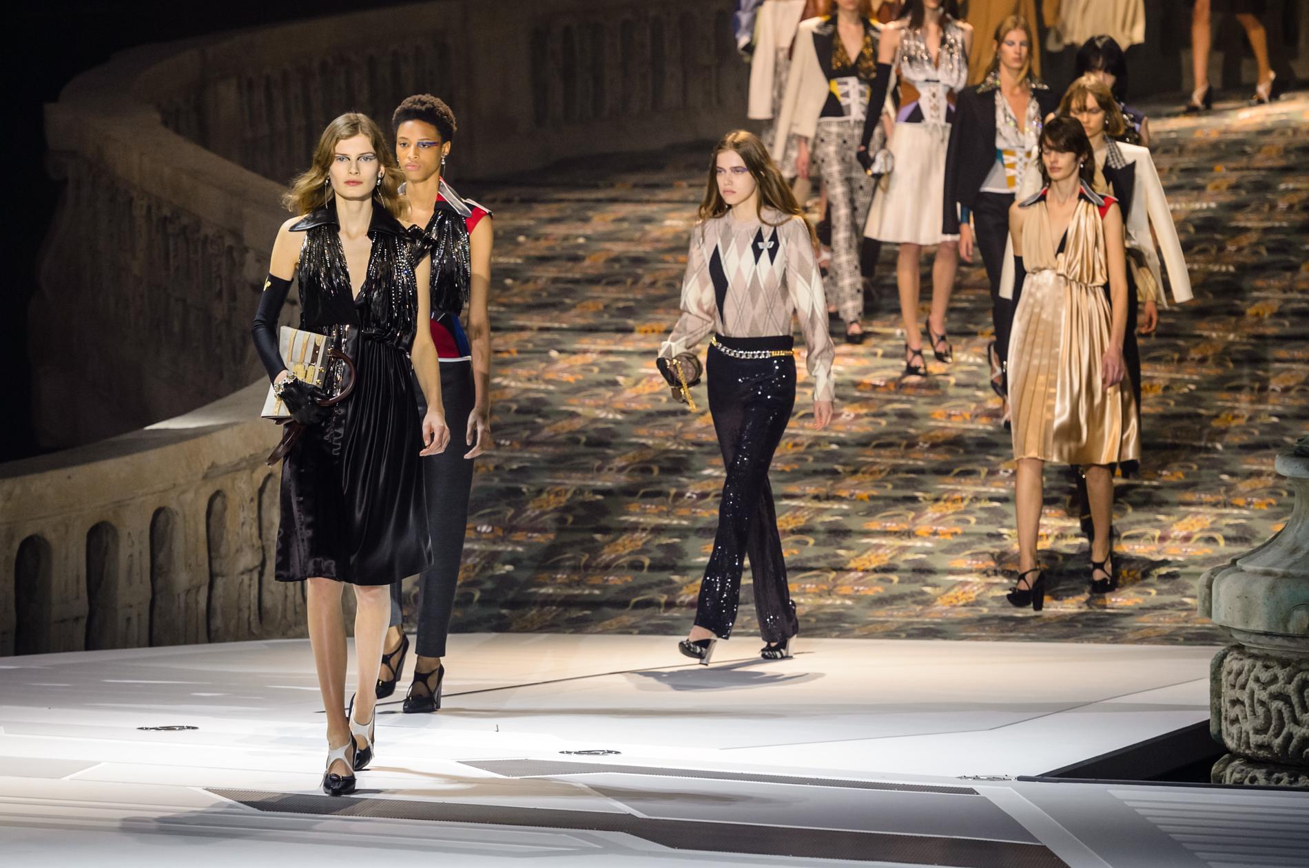 7a49f54d603d5a Nicolas Ghesquière reste chez Louis Vuitton - Madame Figaro