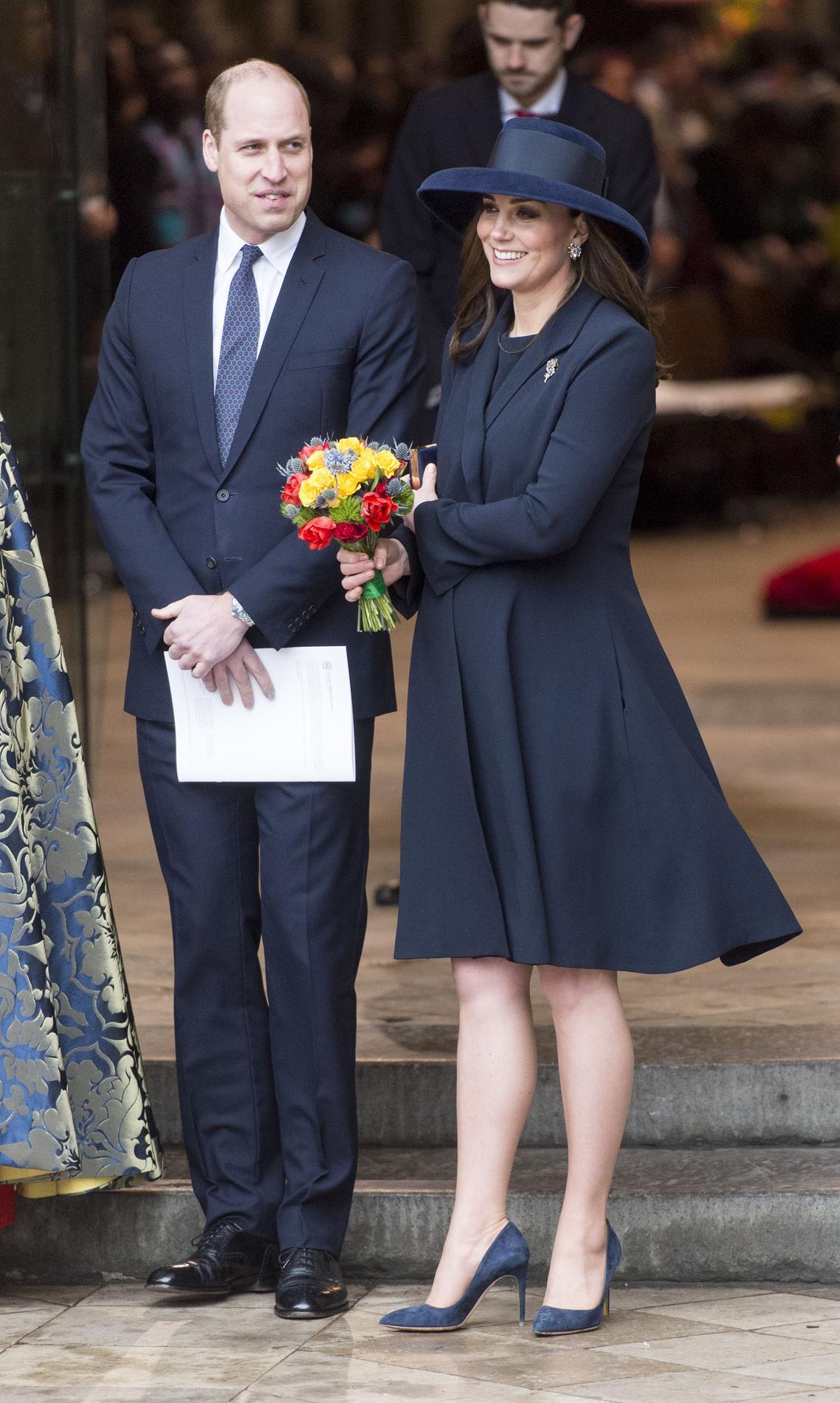 Ans Huit Robe Encore AprèsLa Middleton De Kate Fiançailles Fait zMUqSVp
