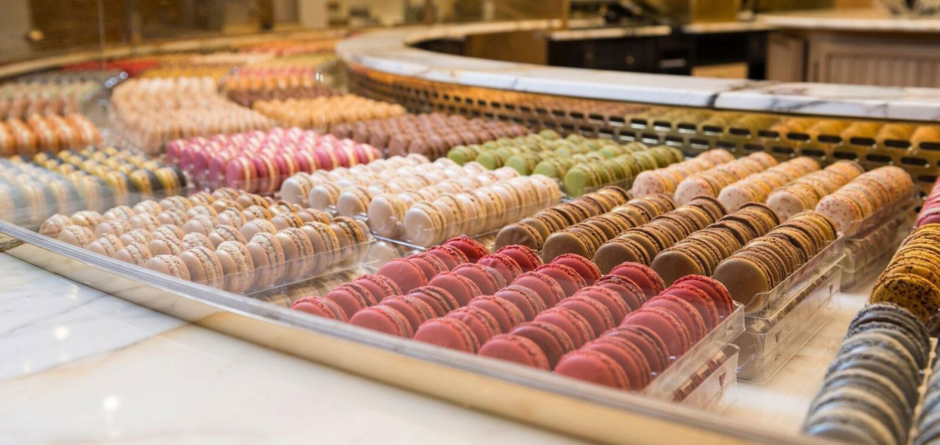 De La Glace Aux Rillettes Des Macarons Et Du Thé Glacé