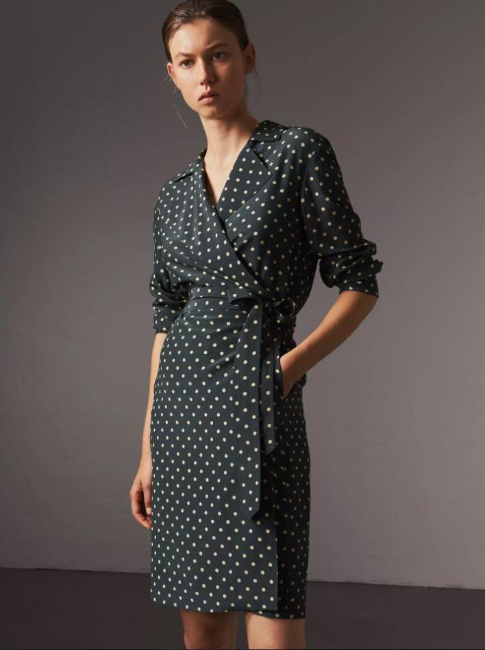 bf520e640c60f Unie, florale, rayée... La robe portefeuille, l'alliée de toutes les ...