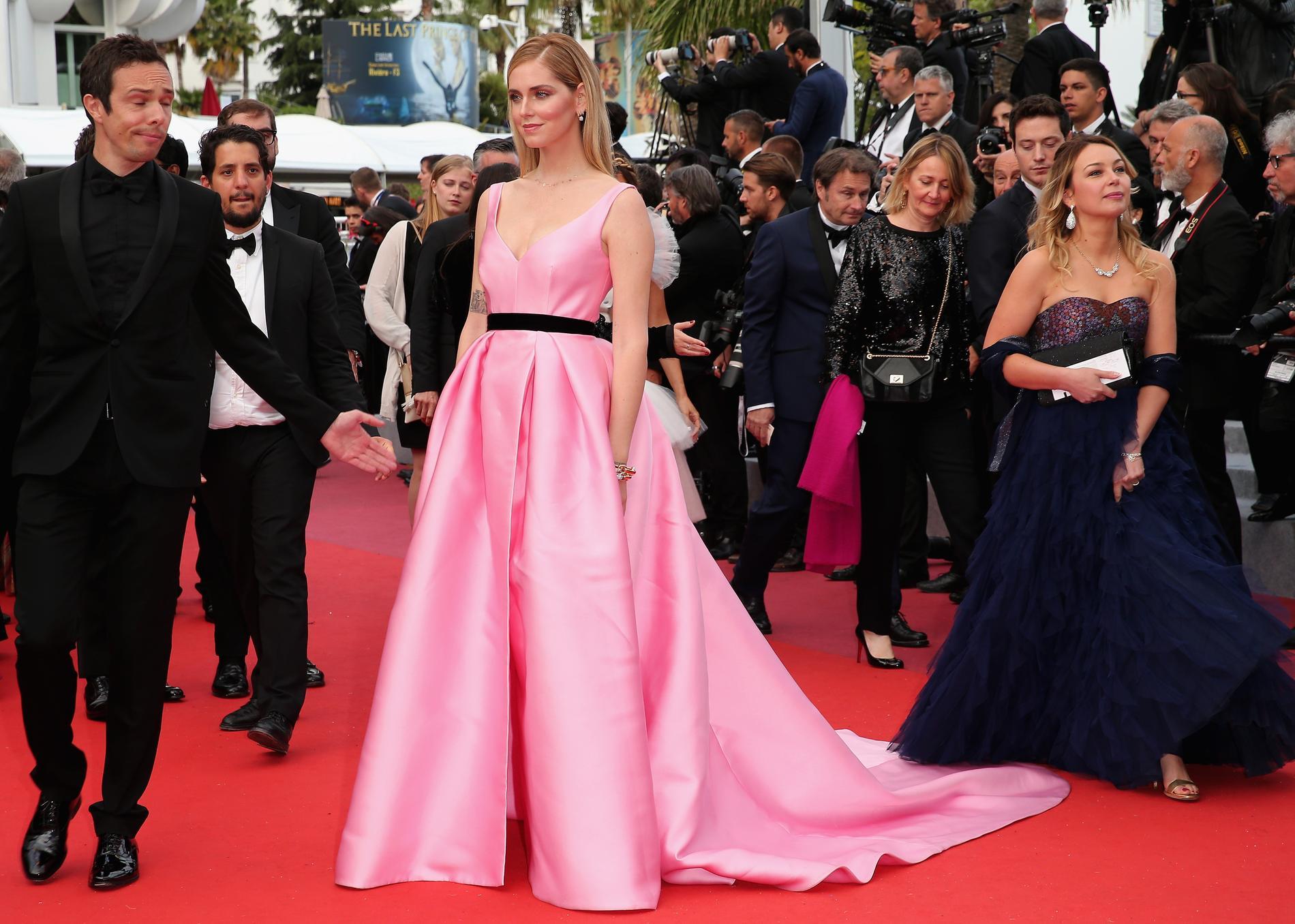 d3bccc7c787 ... Les plus belles robes aperçues sur le tapis rouge du Festival de Cannes  2018 - Chiara Ferragni en Alberta Ferretti ...