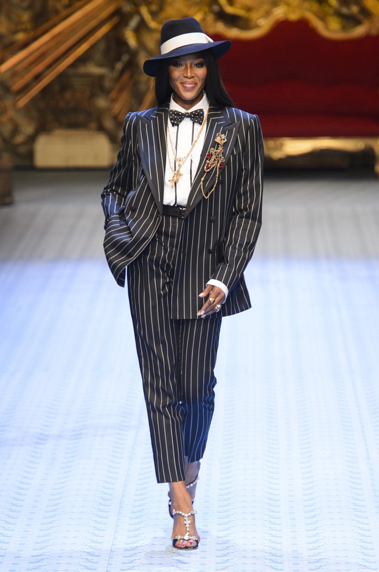 19836238f0 Défilé Dolce & Gabbana printemps-été 2019, Milan - Look 4. Défilé Dolce &  Gabbana printemps-été 2019, Milan ...
