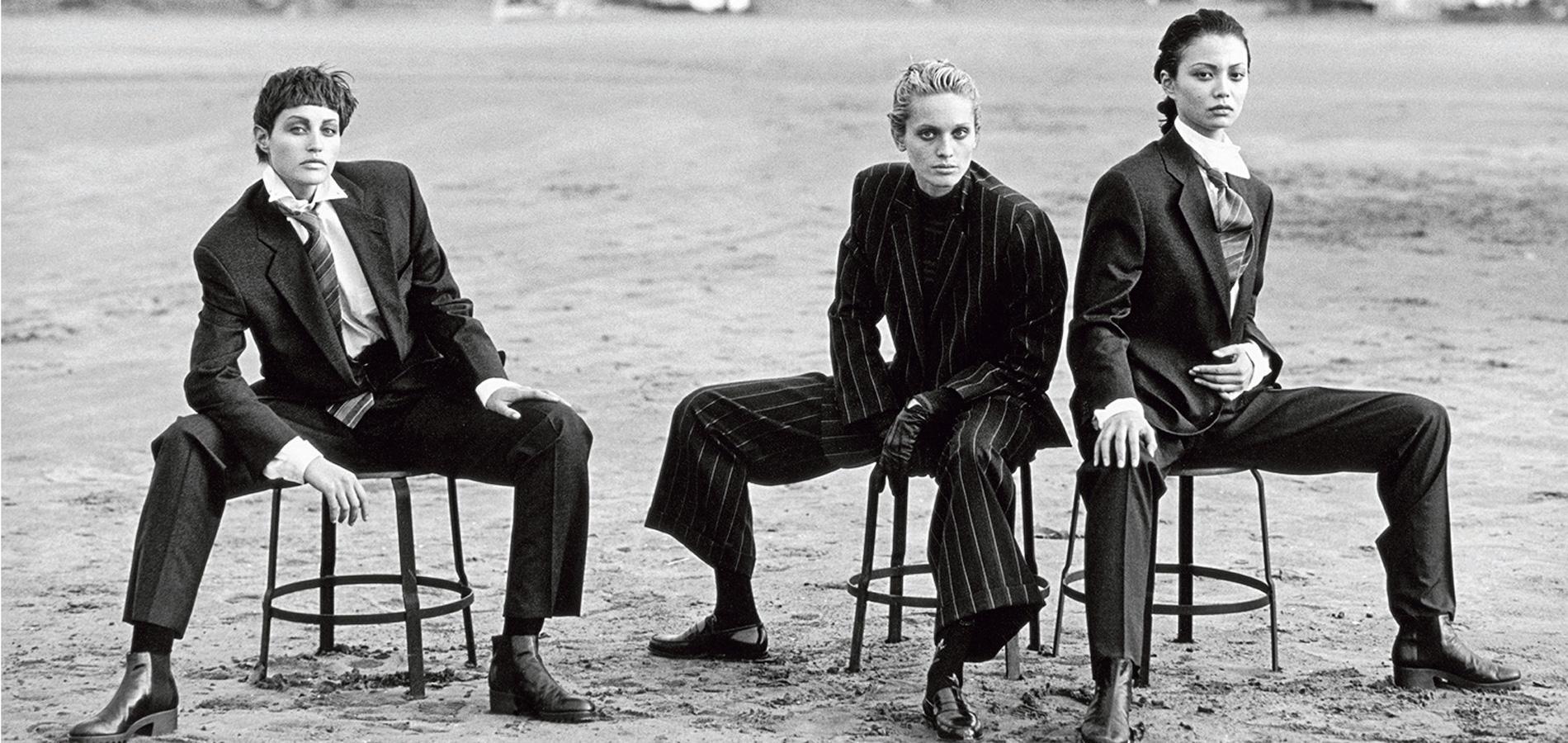 Le Costume Giorgio Armani Cet Intemporel Qui Donne Confiance Aux Femmes Madame Figaro