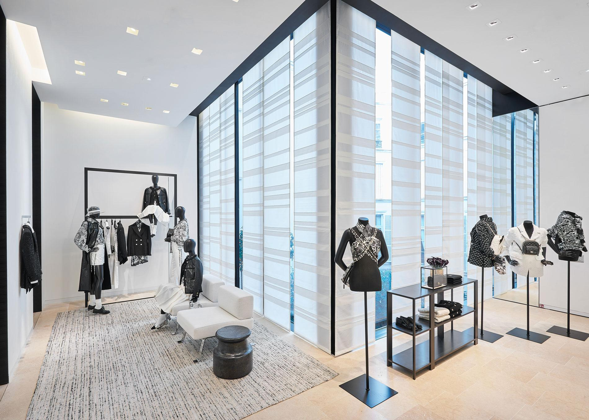 66fcf09a752 ... La nouvelle boutique Chanel au 19 rue Cambon ...