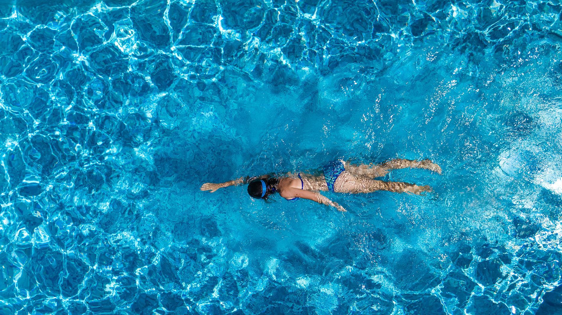 3125502a26 Tous les bienfaits de la natation - Madame Figaro