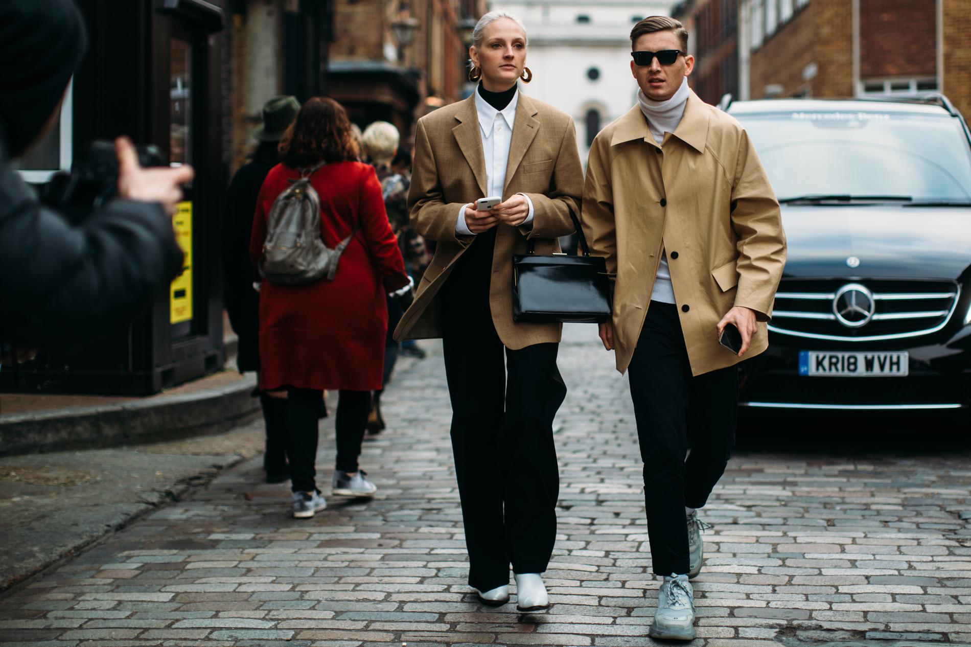 Moderne À la Fashion Week de Londres, on ne s'affiche plus seul sur les CF-82