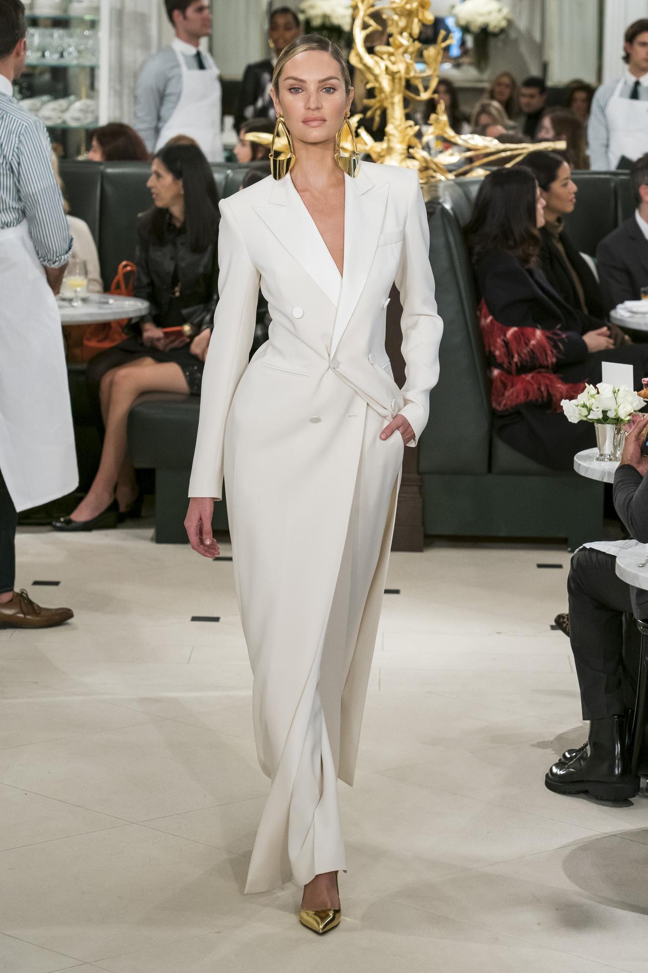 D'or New YorkJour Lauren Fashion 2Pluie Week De Chez Ralph y0vm8nNwO