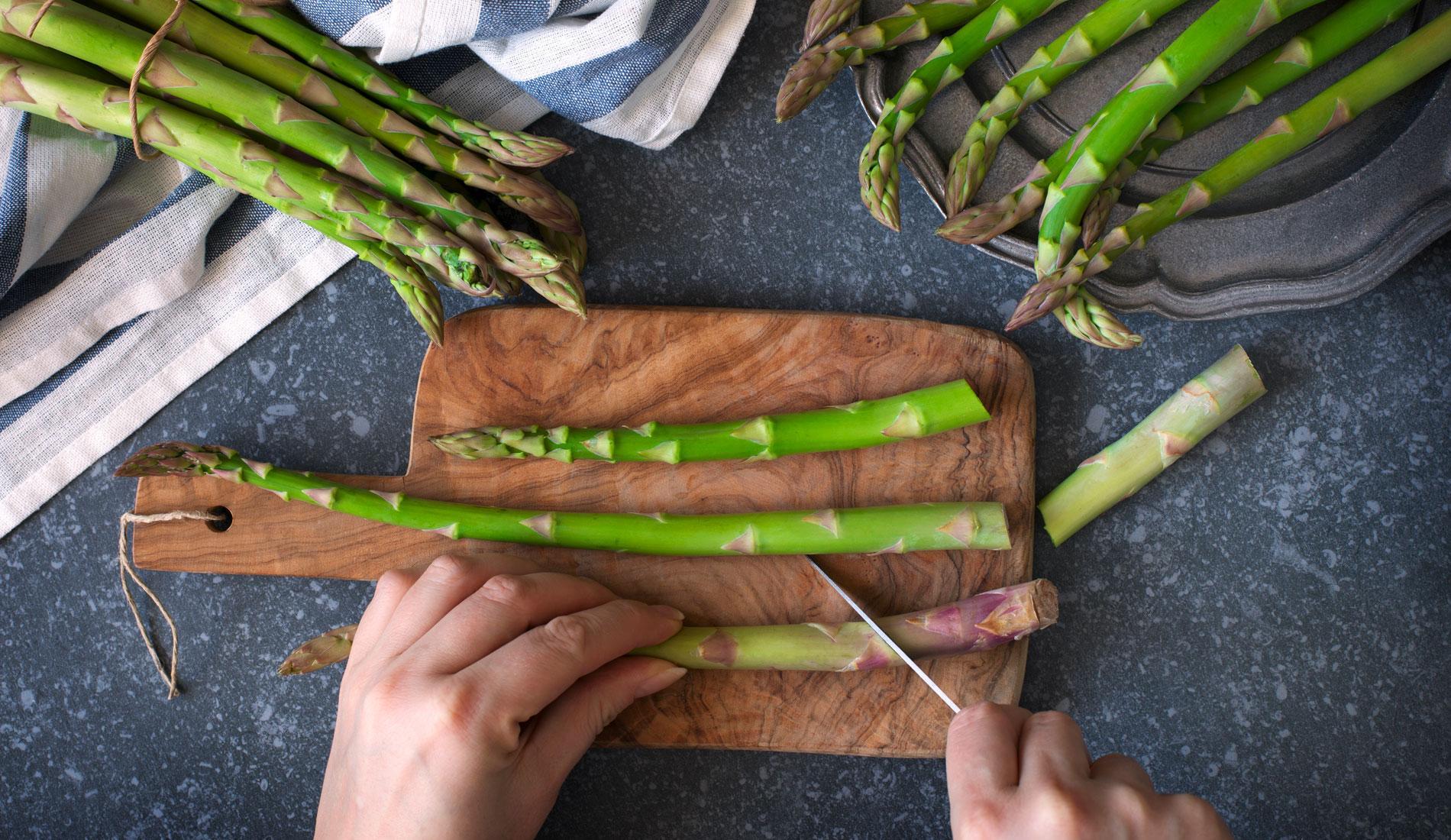 Comment Planter Des Asperges les astuces de chef pour préparer et cuire les asperges à la