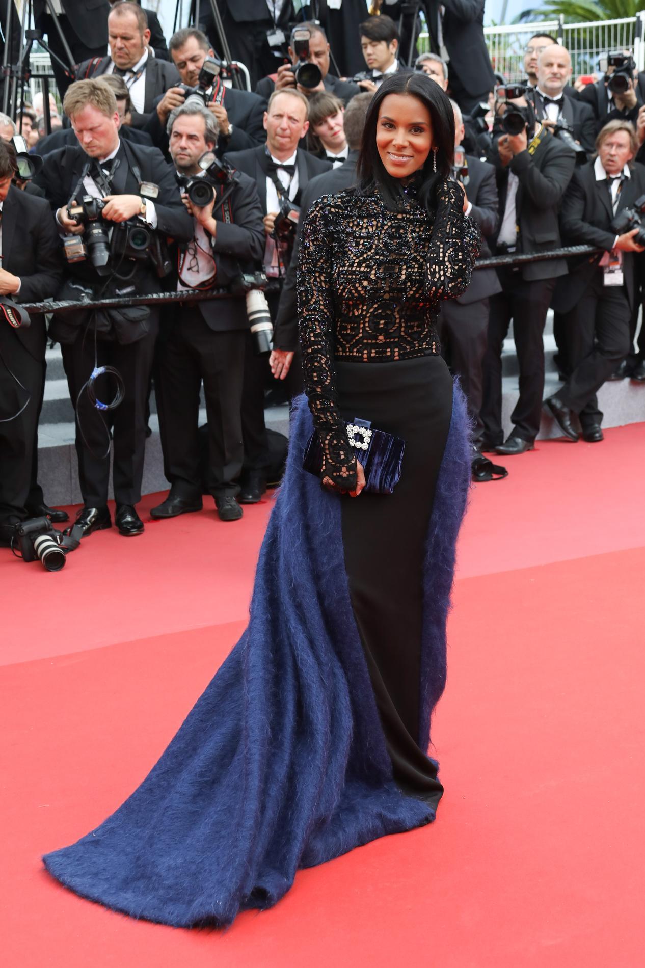 rouge fait flop à Cannes , Kristin Scott,Thomas Quand le tapis rouge  fait flop à Cannes , Annie Cordy Quand le tapis rouge fait flop à Cannes ,  Capucine