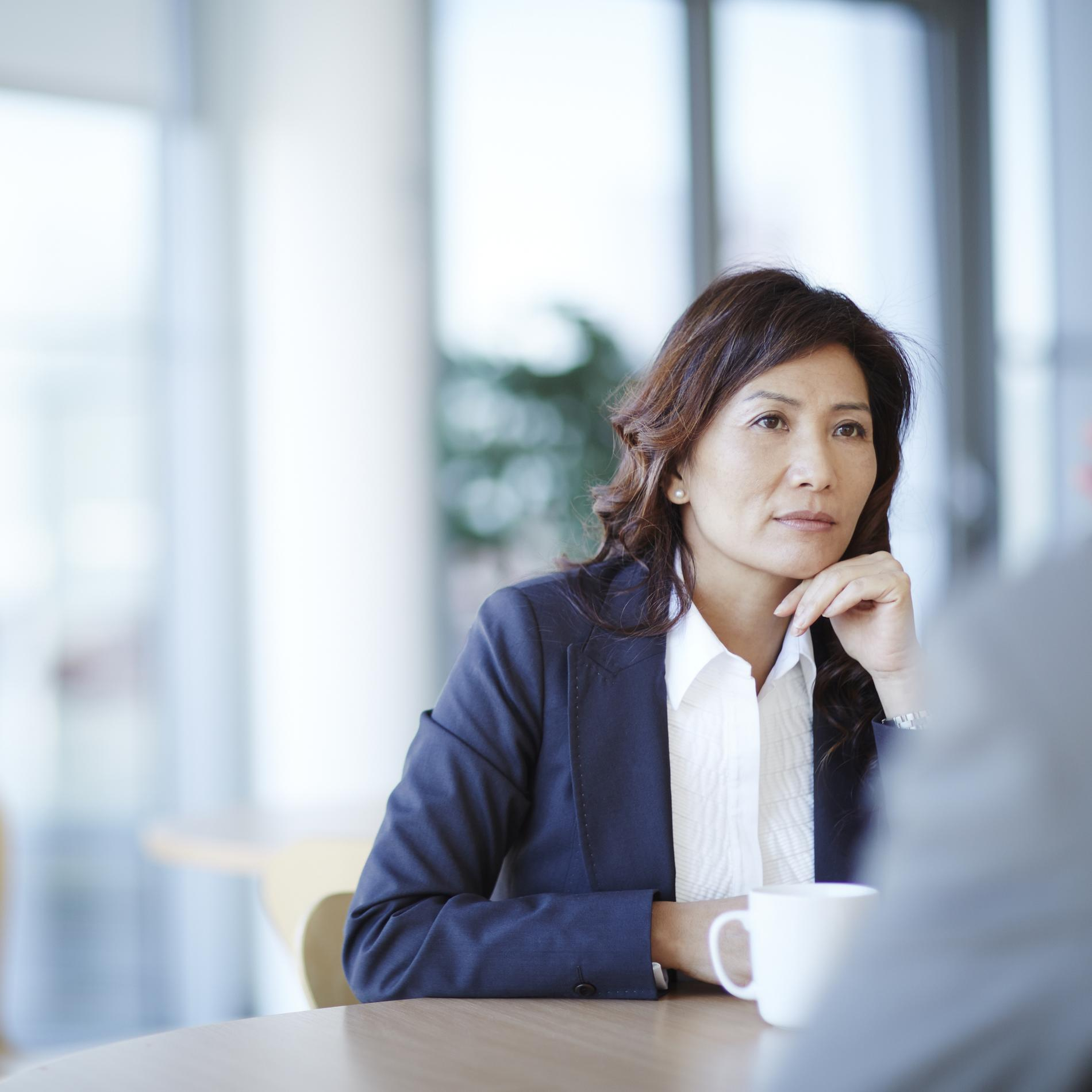 femme 55 ans cherche emploi)