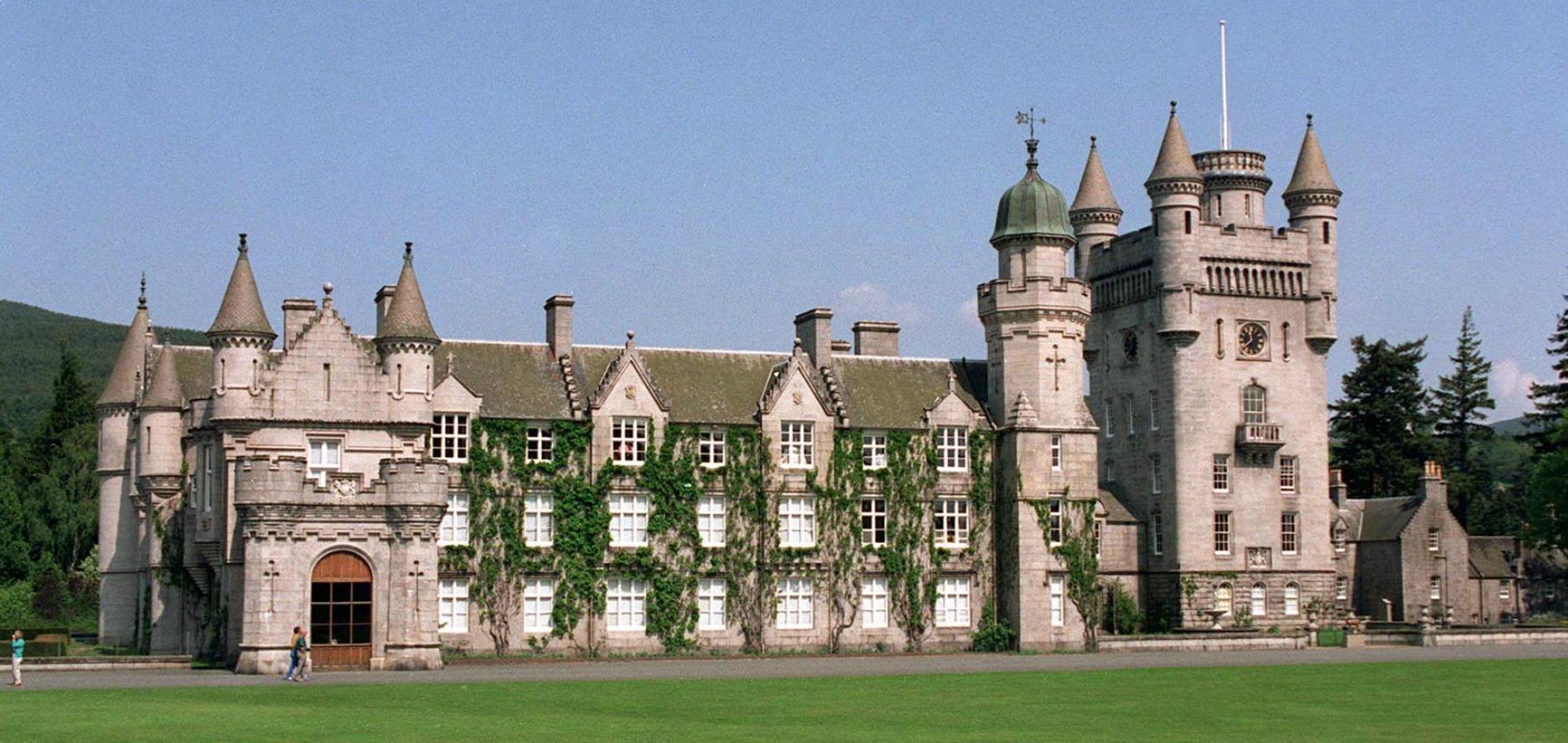 Les résidences royales d'Elizabeth II - photo 2