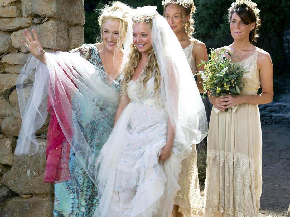 7b4965ee9676 Comment s habiller quand on est la mère du ou de la marié(e)   - Madame  Figaro