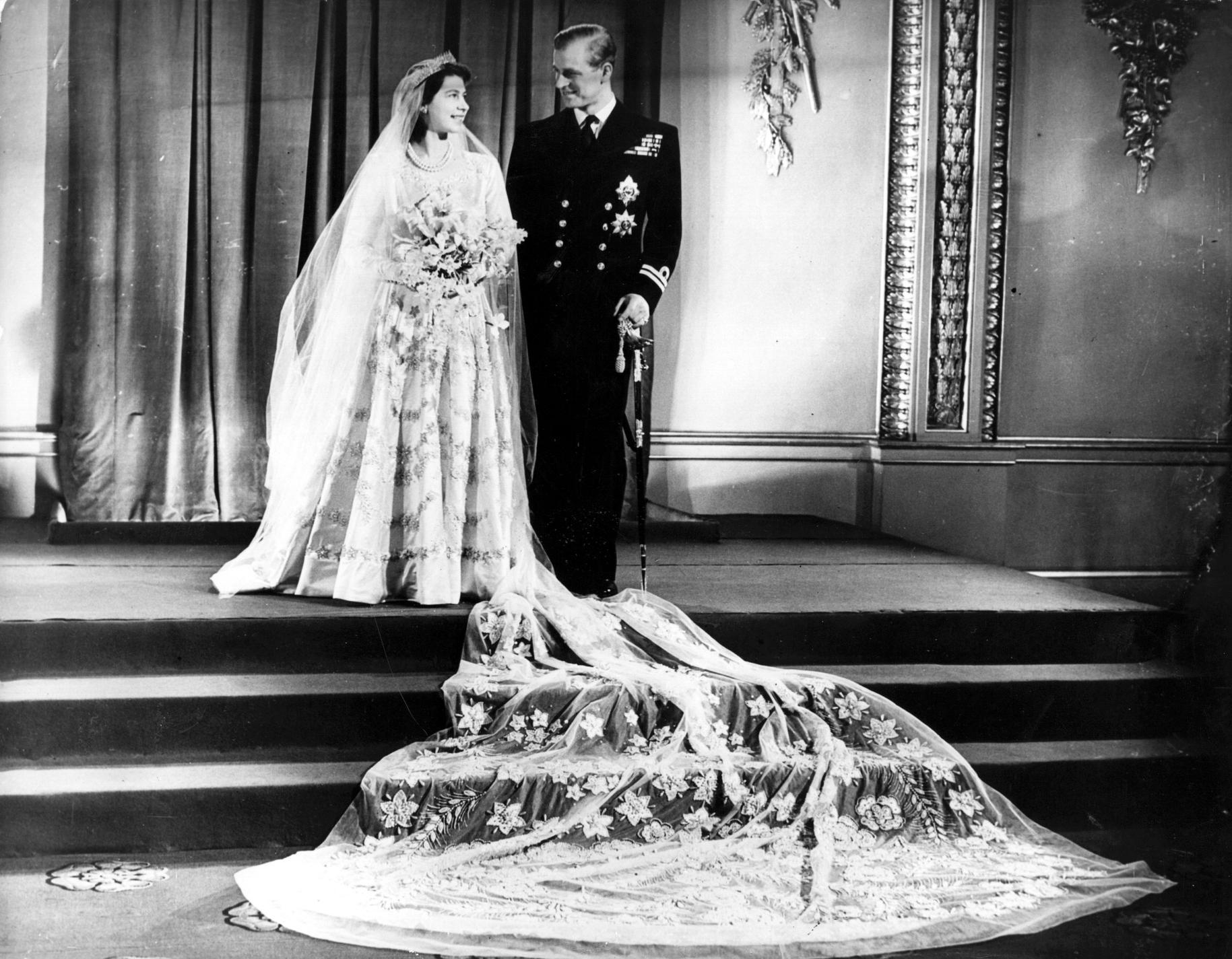 Les robes de mariée du gotha - Elizabeth II d'Angleterre