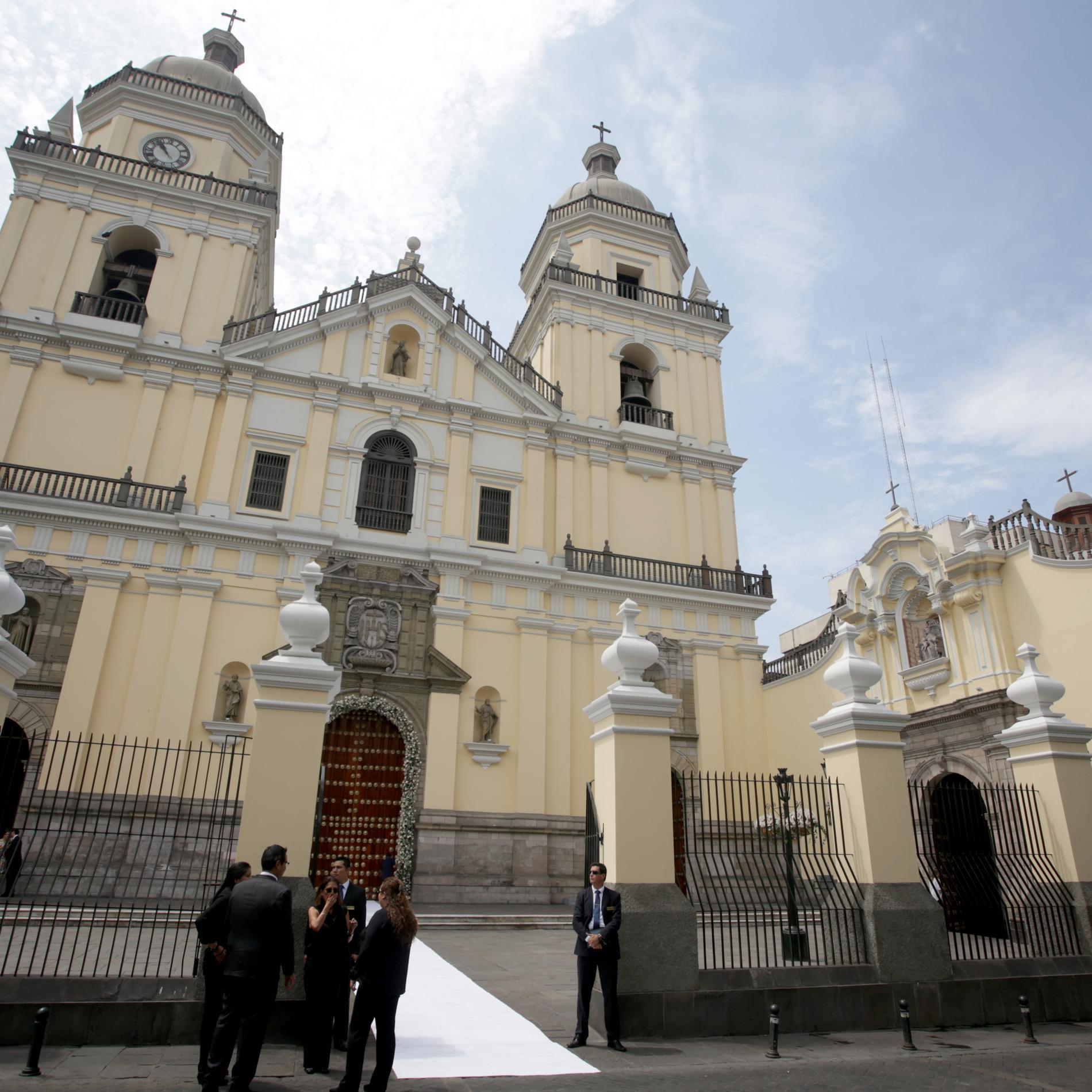 Les photos du mariage du prince Christian de Hanovre et d'Alessandra de Osma - Eglise San Pedro de Lima