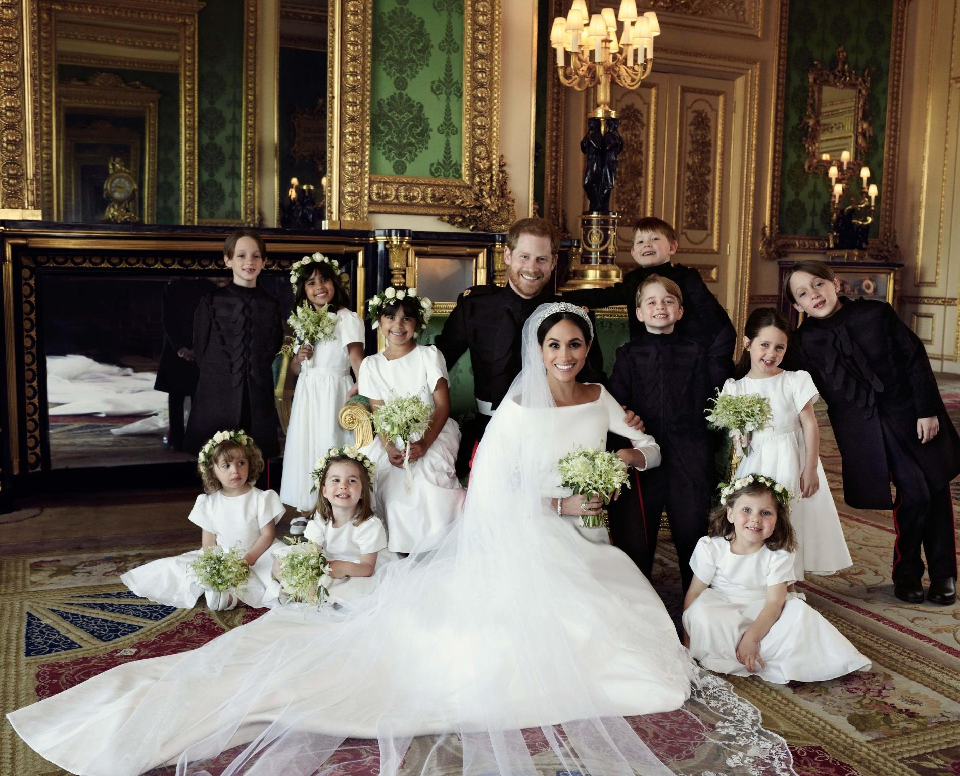 Harry et Meghan et les enfants d'honneur