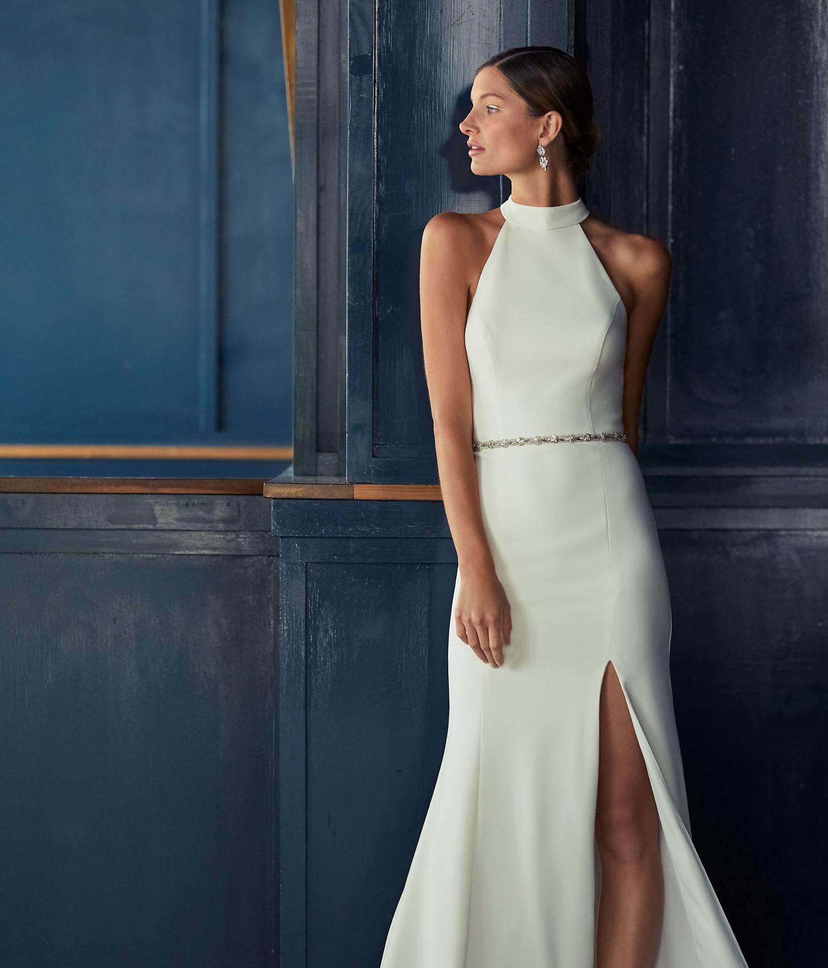 Elegantes Et Bien Coupees Nos Robes De Mariees A Moins De