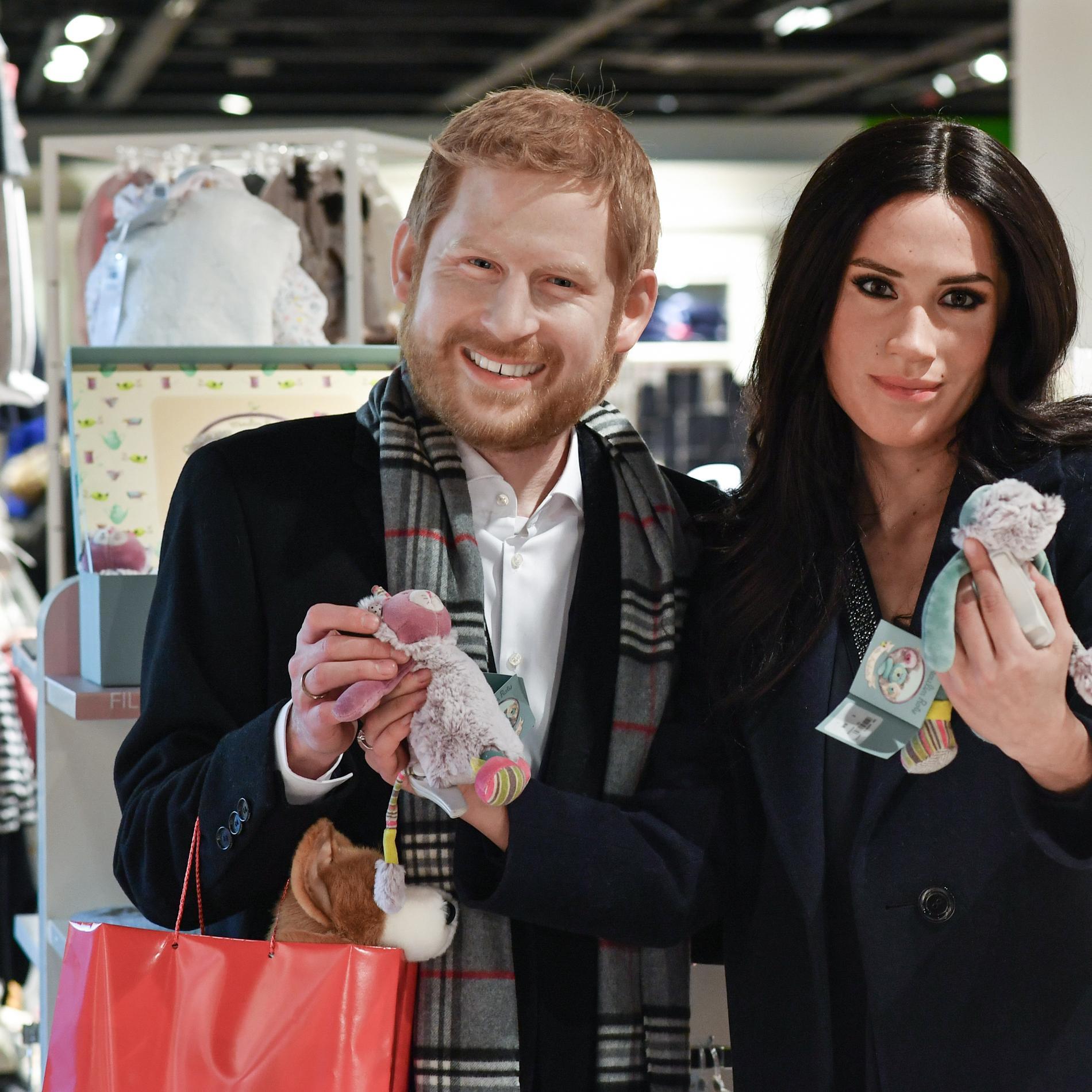Les masques de cire ratés du prince Harry et Meghan Markle
