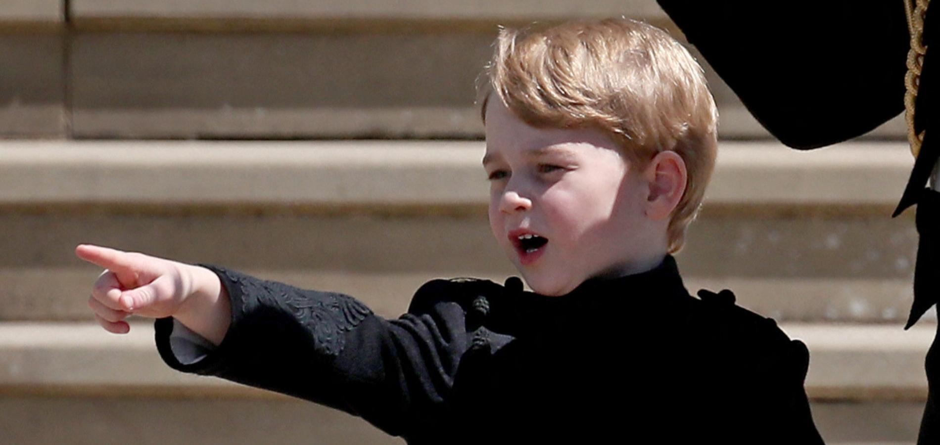 Des photos inhabituelles du prince George en jean et baskets noirs