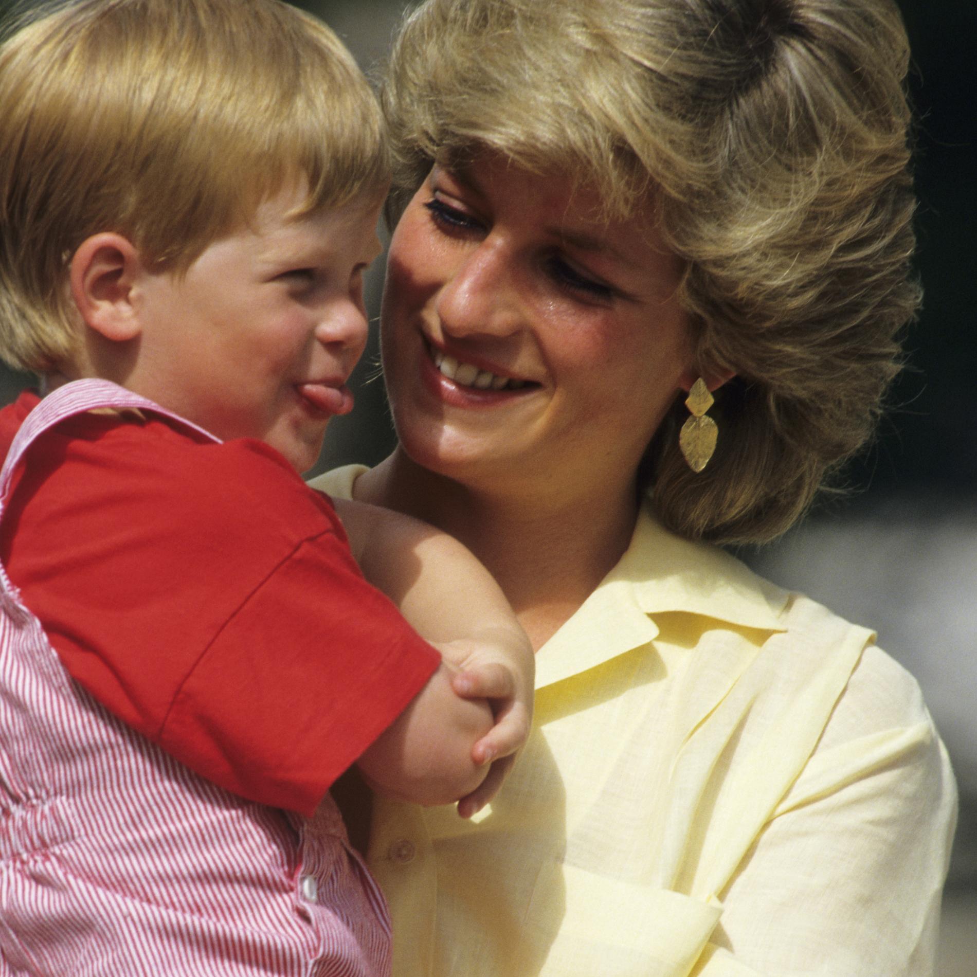Le prince Harry et la princesse Diana