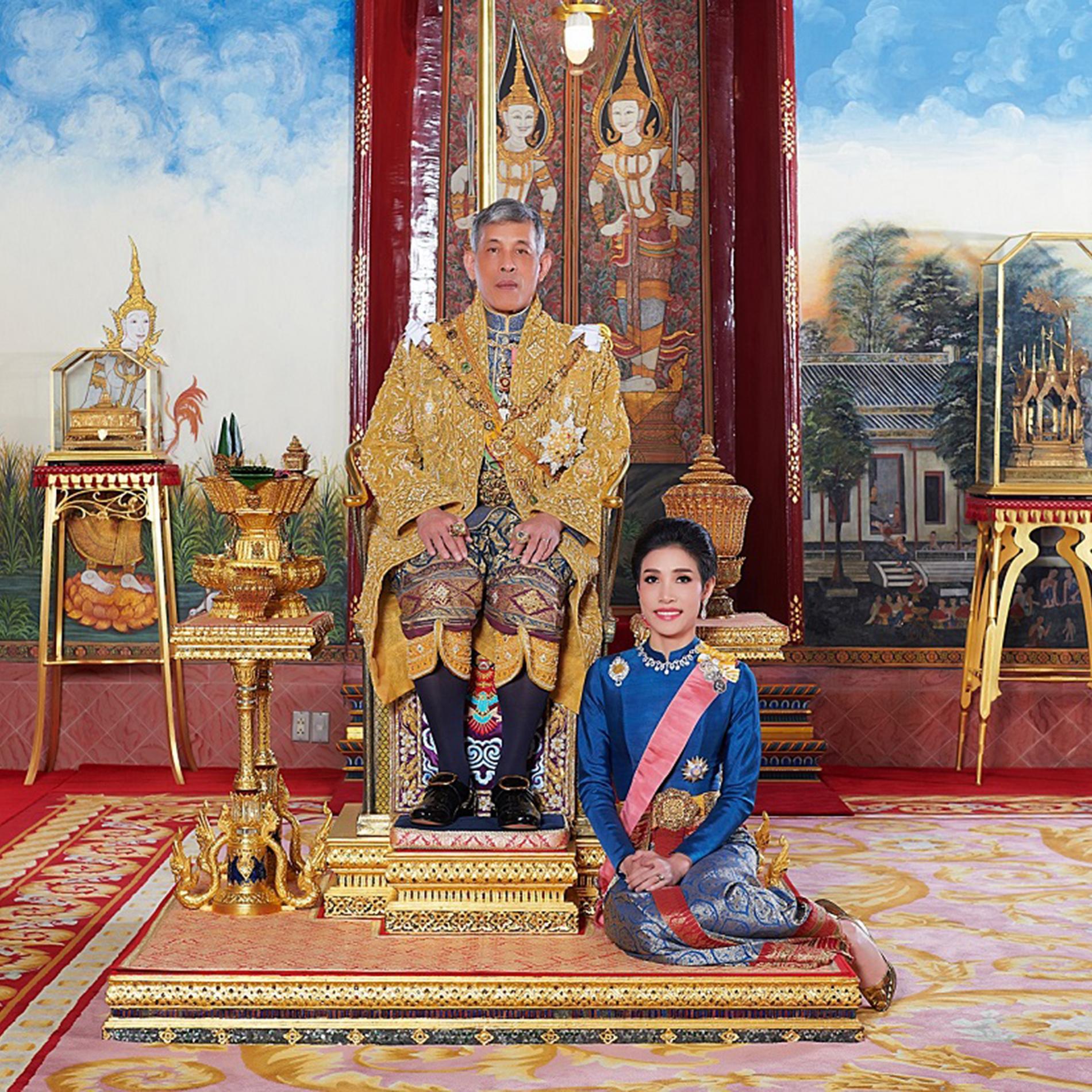 Les photos du roi de Thaïlande Rama X et sa concubine officielle