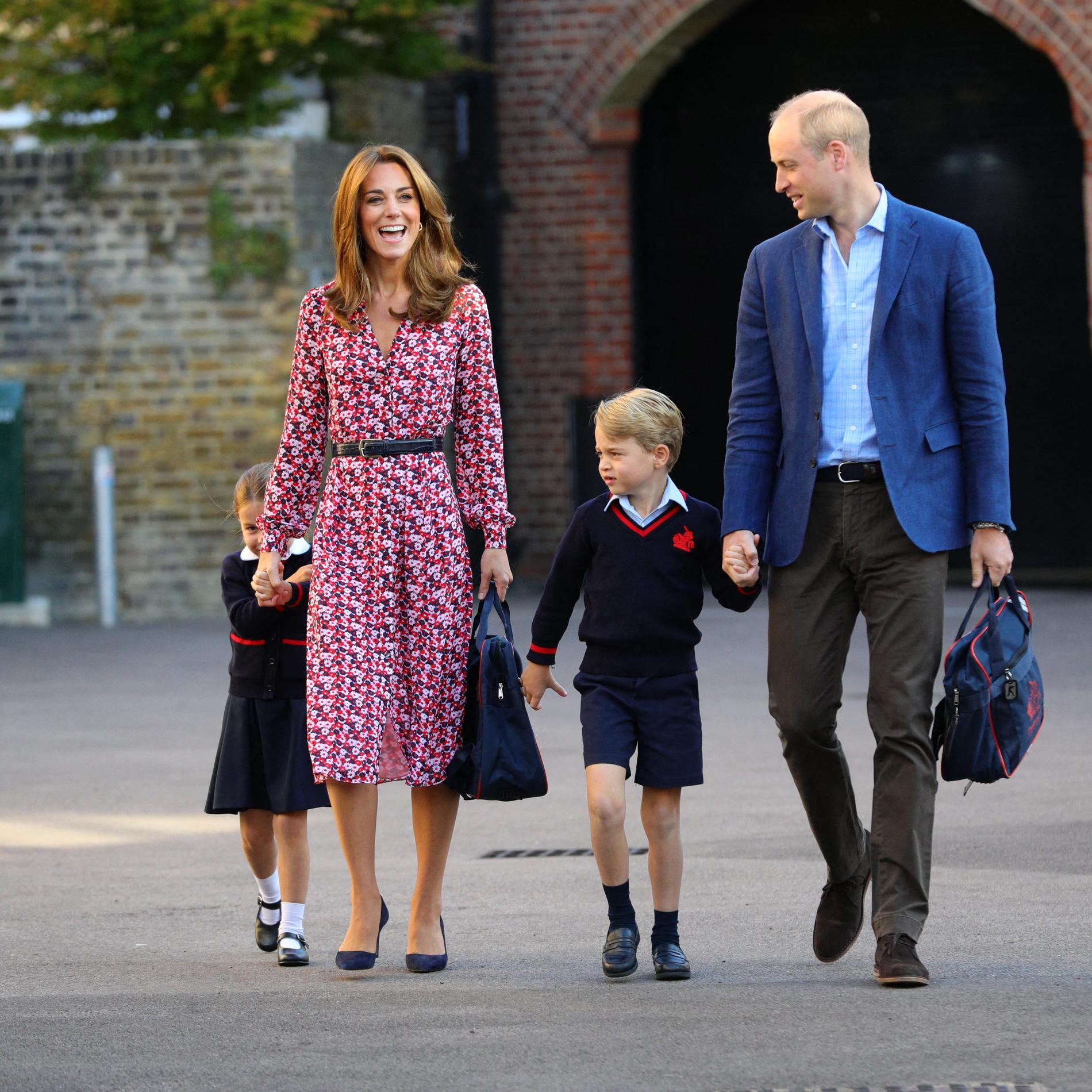 La timide rentrée des classes de la princesse Charlotte de Cambridge