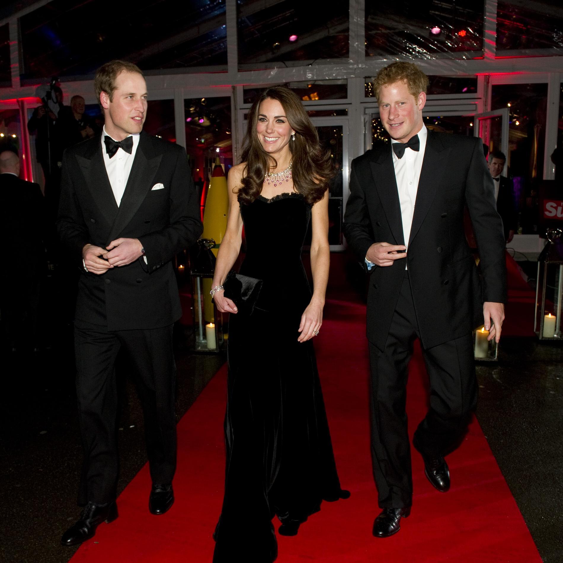 Les plus belles robes noires du dressing de Kate Middleton