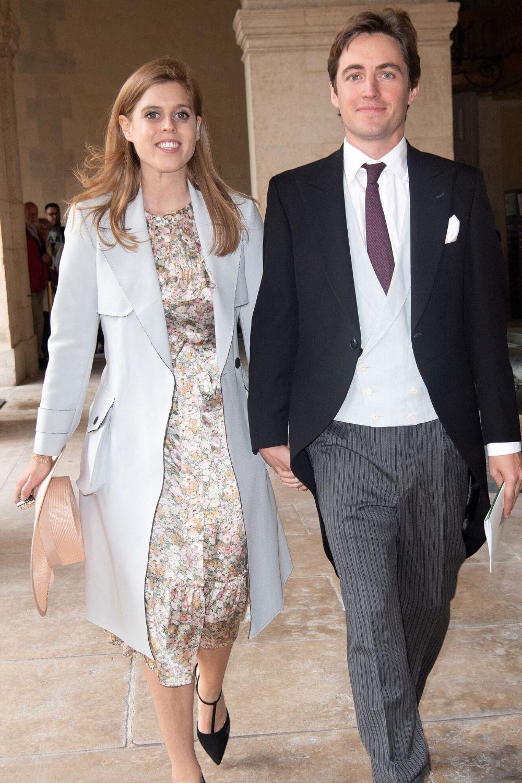 """Un """"petit"""" mariage surprise : la princesse Beatrice a (enfin) épousé Edoardo Mapelli Mozzi"""