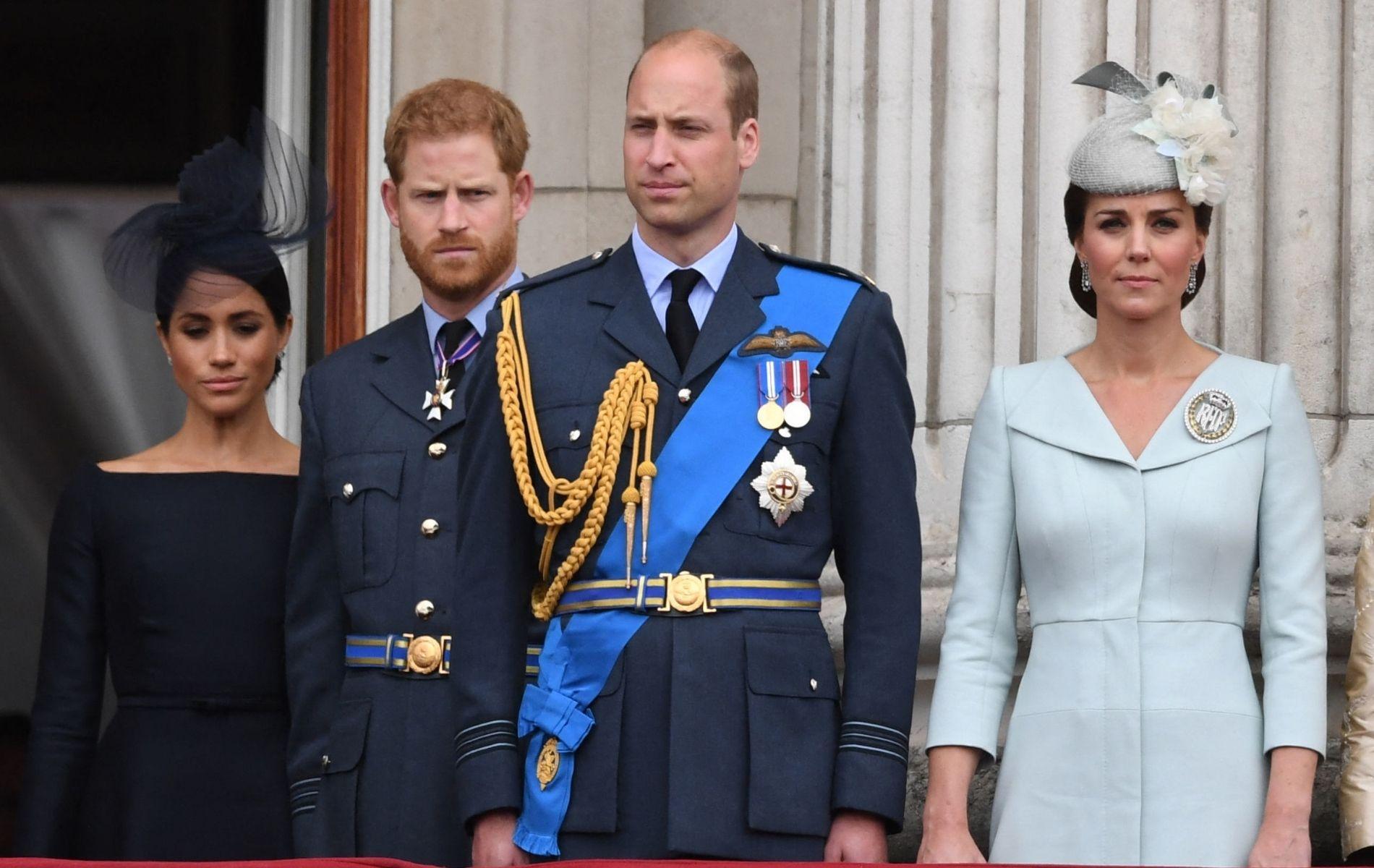 """""""Héritiers du chagrin"""" : la querelle des princes William et Harry a-t-elle été scellée par le destin ?"""