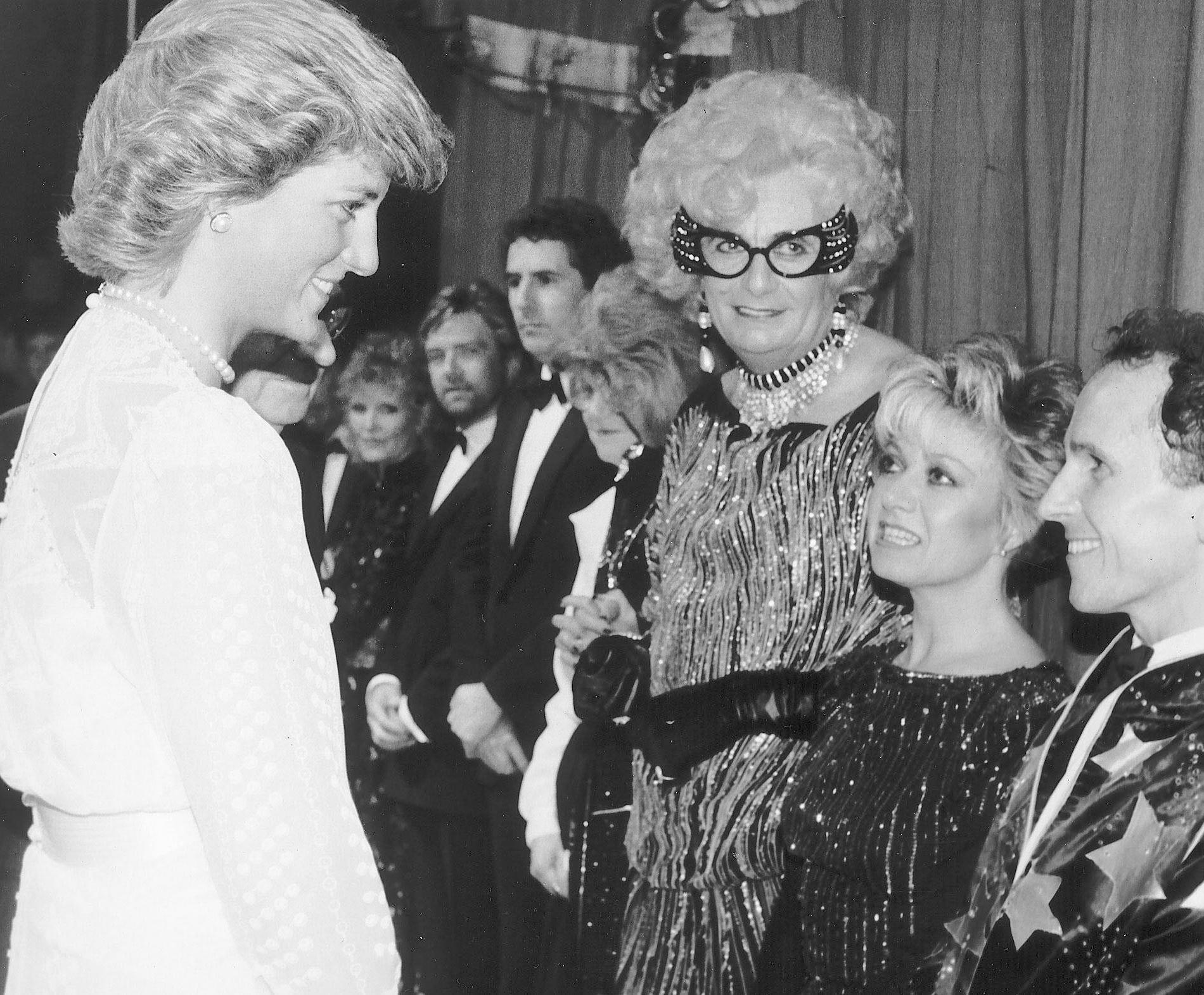 """""""Qu'est-ce qui vous a pris ?"""" : la danse de Diana qui aurait mortifié le prince Charles"""