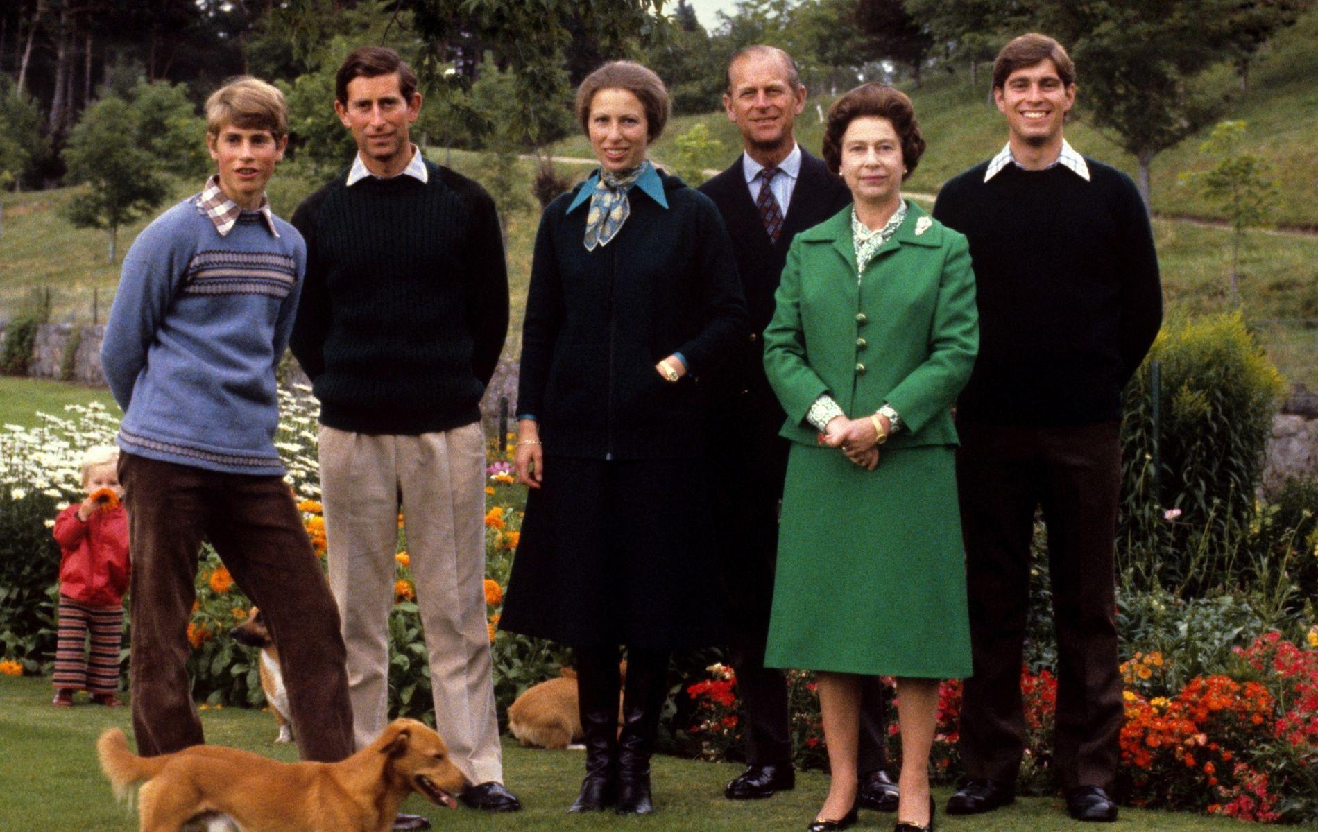 """""""The Crown"""" révèle qui était l'enfant préféré de la reine Elizabeth II"""