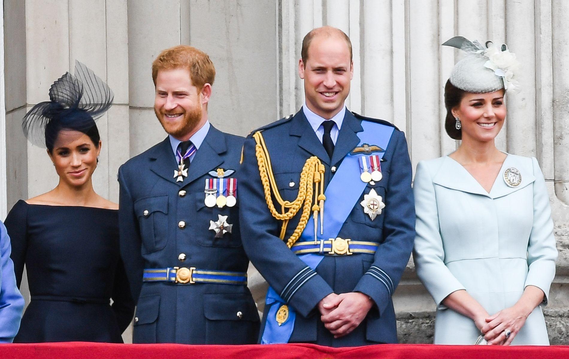 """Après une année """"chaotique"""", tout va """"beaucoup mieux"""" entre les princes Harry et William"""