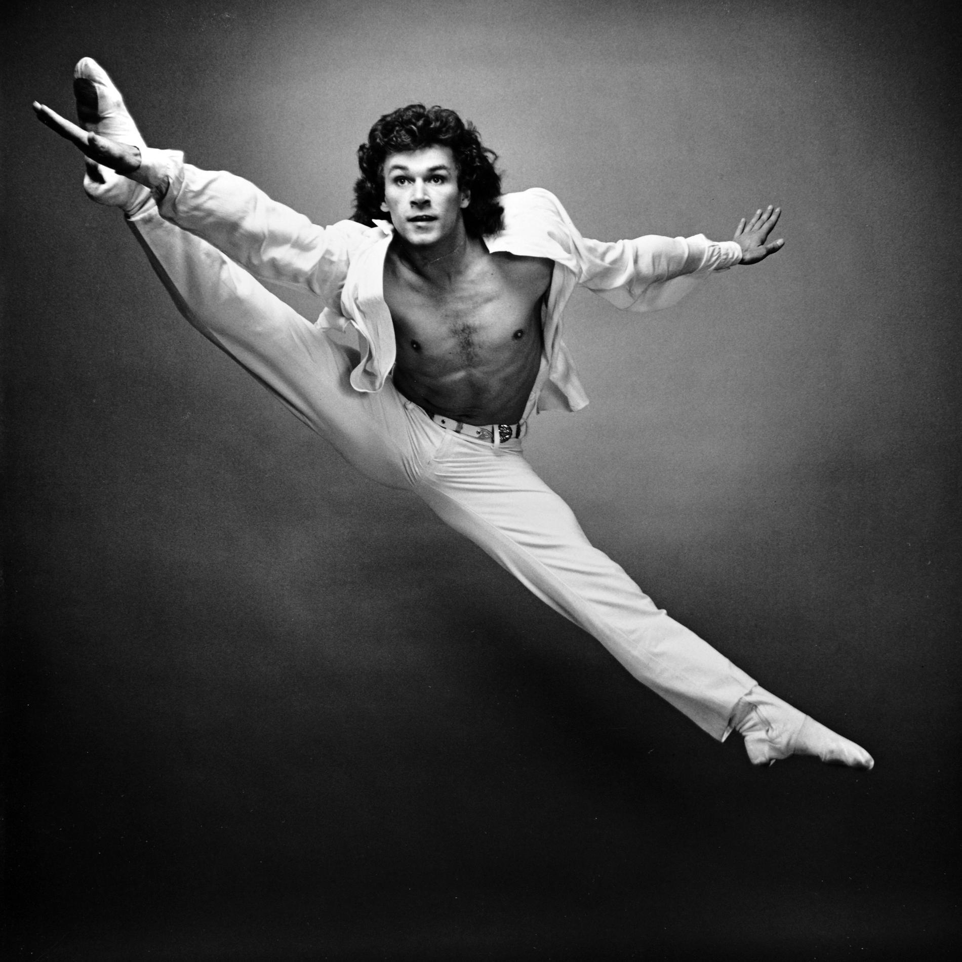 """Mort de Patrick Dupond : cette vidéo du danseur étoile à 17 ans, sur une variation de """"Don Quichotte"""" - Madame Figaro"""