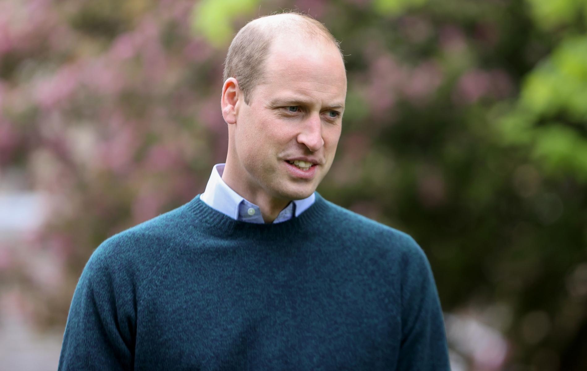 """""""J'étais à Balmoral quand j'ai appris la mort de ma mère"""" : le prince William raconte"""
