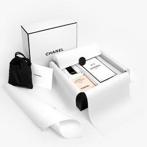 e8a1cab32c Les e-shops Chanel et l'Officine Universelle Buly nous refont une beauté ·  Maquillage et soins