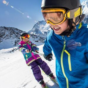 Séjour au ski   nos panoplies du parfait petit montagnard 34013e27b81
