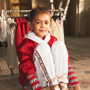 2b3763dda0693 DP H M H M Studio dévoile sa nouvelle collection enfant printemps-été 2017  - Ensemble sportswear