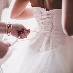 La robe aimée 240.000 fois sur Instagram et qu on ne voudrait surtout pas  porter 812c55eddb29