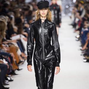 f68d1021e6 Fashion Week printemps-été 2018 de Paris : nos silhouettes préférées -  Christian Dior